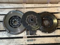 2007 LEXUS IS220 DUAL MASS FLYWHEEL CLUTCH DISC PRESSURE PLEATE KIT 05-12 IS220D